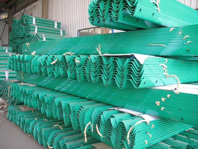 喷塑防撞护栏生产厂家