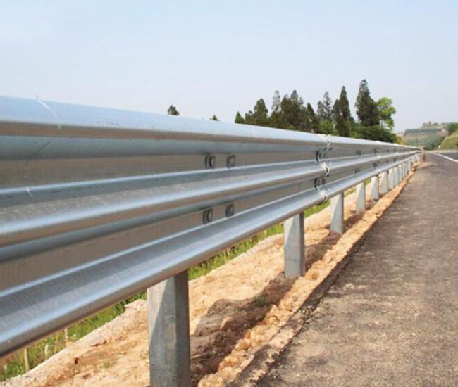 贵州三波防撞护栏